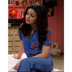fashion jackie from that show - Googl - Mila Kunis, 70s Outfits, Cute Outfits, Stylish Outfits, Jackie That 70s Show, Jackie Jackie, Thats 70 Show, Fran Fine, 70s Aesthetic