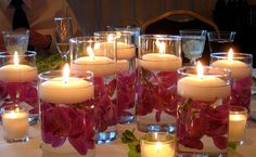 Gorgeous floating flower and candle centerpiece ♥
