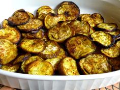 SPLENDID LOW-CARBING BY JENNIFER ELOFF: TURMERIC ROASTED EGGPLANT - Using the anti-inflammatory spice, turmeric...changes roasted eggplant into something tasty, attractive and healthy! Visit us at: https://www.facebook.com/LowCarbingAmongFriends