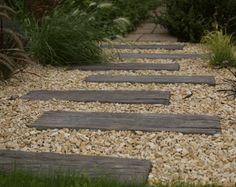 Log sleeper is a handmade reconstituted stone product, which replicates the surface and appearance of old worn railway sleepers. Hard wearing and durable.