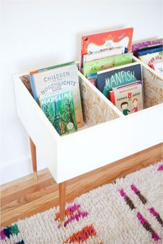 Keep Kids Organized and Curious With This DIY Book Bin Katie Loves …this functional and fashionable book bin for a kids bedroom or playroom. A set of mid century modern table legs and beautiful wallpaper make this version stand out. Girl Room, Baby Room, Toy Rooms, Kids Rooms, Ikea Kids Room, Ikea Toddler Room, Study Room Kids, Kid Spaces, Small Spaces