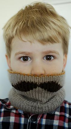 mustache neck gaiter for my little guys or expand the pattern for the big boys too , moustache cowl scarf for movember Knitting For Kids, Knitting Projects, Baby Knitting, Crochet Projects, Knitting Patterns, Crochet Patterns, Little People, Little Boys, Crochet Scarves