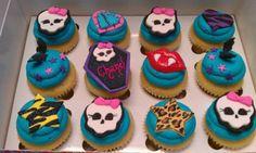 Monster High Cupcakes -- cute!