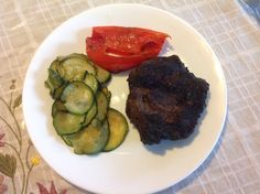 Top Sirloin grilled streak with grilled red peppers and zuchinni. Yum!