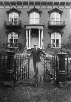 -Jim Williams in front of the Mercer House on Monterey Square on Jan. 12, 1980.  Jim Williams was a wealthy antiques dealer. Savannah, Georgia.  (An interesting story)