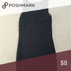 Basic LBD for your next Girls' Night Out Form-fitting, sexy yet modest. All a girl could ask for for a perfect GNO dress Forever 21 Dresses Mini