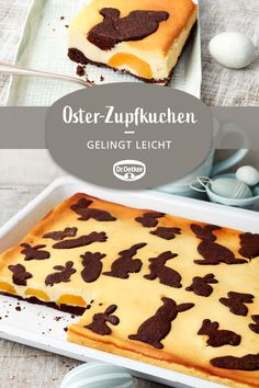 Oster-Zupfkuchen: Russischer Zupfkuchen mit Osterdeko vom Blech Easter plucked cake: Russian plucked cake with Easter decorations from the tin Festival and cake Household Cleaning Tips, Bratwurst, Sweet Potato Recipes, Dessert Recipes, Recipes Dinner, Cake Recipes, Food And Drink, Sweets, Baking