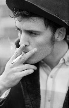 Sam Claflin.