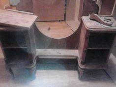 butor kiegészítő gyerekszobába festés előtt Gaming Chair, Corner Desk, Furniture, Home Decor, Homemade Home Decor, Corner Table, Home Furnishings, Decoration Home, Arredamento