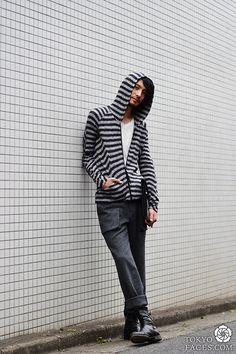 Tokyo street style man... simple chic