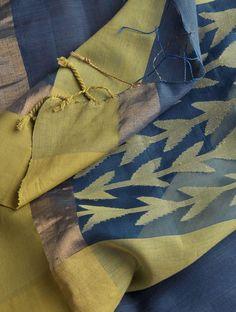 Blue-Green Jamdani Cotton Silk Dupatta. It would be lovely if it was a saree:)