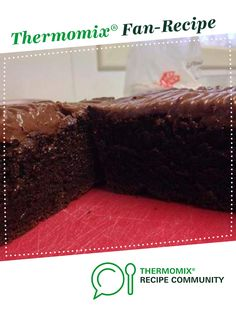 Melt & Mix Chocolate Cake by pkwilly. A Thermomix ® recipe in the category Baking - sweet on www., the Thermomix ® Community. Thermomix Chocolate Cake, Coconut Hot Chocolate, Thermomix Desserts, Melting Chocolate, Chocolate Recipes, Sweet Recipes, Cake Recipes, Chocolate Drawing, Deserts