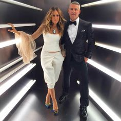 This picture  is everything.  #SJP #AndyCohen #Yessss