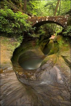 ❝ Devil's Bathtub ❞  Old Man's Cave Unit, Hocking Hills State Park, Ohio, USA  Photography: Amy J Strahler   ☛ Devil's Bath Tub is a fascinating piece of streambed in the Upper Gorge area of the Old Man's Cave unit of Hocking Hills State Park in southeastern Ohio. This pothole in the relatively weak middle layer of the Blackhand sandstone is constantly being enlarged and deepened by the swirling action of Old Man's Creek.  Legend has it that this pool extends down into the depths of Hades.