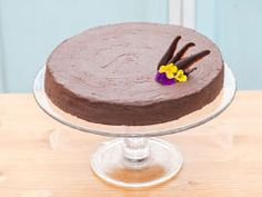 Čokoládový dort s podmáslím — Peče celá země — Česká televize Pudding, Cake, Desserts, Food, Pie Cake, Meal, Custard Pudding, Cakes, Deserts