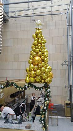 organic texture christmas tree wwwballoonsnetau - Christmas Party Decorations Pinterest