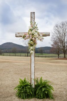 43b32990 0351 11e5 be0a 22000aa61a3e~rs 729 Wooden Crosses, White Crosses, Wedding Guest Book, Our Wedding, Sydney Wedding, Wedding Ideas, Church Wedding, Wedding Planning, Dream Wedding