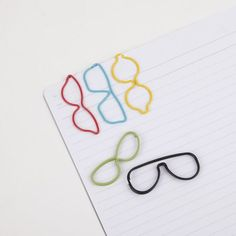 These Oversized Eye Glasses Paper Clips Look Adorable trendhunter.com