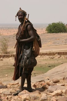 Africa | Dogon man traditionally dressed.  Djénné, Mopti, Mali | © Ferdinand Reus