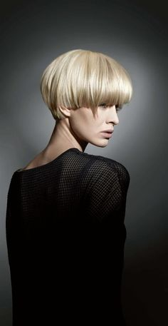 Exceptional Hair inspiration tips are available on our web pages. Take a look and you will not be sorry you did. Messy Bob Hairstyles, Trending Hairstyles, Short Choppy Hair, Short Hair Cuts, Damp Hair Styles, Curly Hair Styles, Hair Thickening Spray, Voluminous Hair, Hair Dos