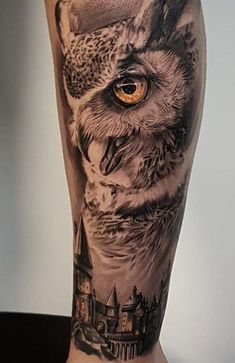 50 of the Most Beautiful Owl Tattoo Designs and Th Feather Tattoo Design, Owl Tattoo Design, Feather Tattoos, Tattoo Sleeve Designs, Sleeve Tattoos, Bird Tattoos, Owl Eye Tattoo, Mens Owl Tattoo, Owl Tattoo Drawings