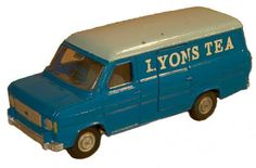 #diecast #Dinky 271 Ford Transit new or updated at www.diecastplus.info