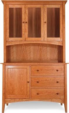 American Shaker Buffet and Hutch. Shaker Furniture, Deco Furniture, Furniture Design, Cherry Wood Furniture, Paint Furniture, Woodworking Furniture, Furniture Plans, Furniture Makeover, Latest Door Designs