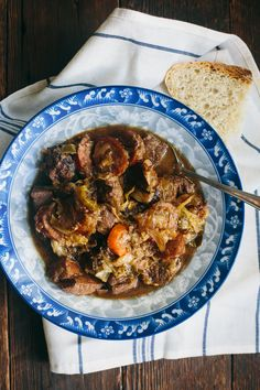 POLISH HUNTER'S STEW BIGOS RECIPE Here's a hearty dish dating back to the middle ages you'll delight in serving on cold winter days. This is a hunter's stew recipe from Russ Crandall. Eastern European Recipes, European Cuisine, Paleo Recipes, Soup Recipes, Cooking Recipes, Paleo Meals, Chicken Recipes, Recipies, Hunters Stew