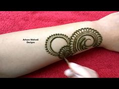 New Stylish Easy Arabic Mehndi Design Mehndi Designs Front Hand, Henna Tattoo Designs Arm, Floral Henna Designs, Simple Arabic Mehndi Designs, Unique Henna, Arabic Henna Designs, Stylish Mehndi Designs, Dulhan Mehndi Designs, Mehndi Designs For Fingers