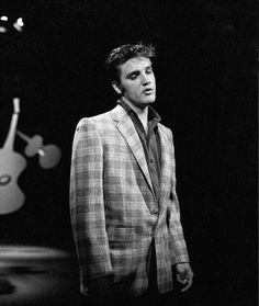 At his first apparence at the Ed Sullivan show , Elvis used his famous jacket.