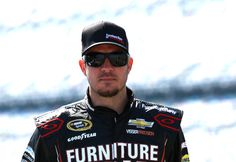 Martin Truex Jr. - NASCAR-Preview-2015