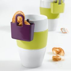 HANDBAG FOR YOUR COFFEE MUG -- to hold a cookie or a tea bag
