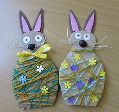 If you are planning to spend some great time with your kids this Easter then try out these easy unique Easter craft ideas. Have real fun and paint Easter eggs in a unique manner! Easter Arts And Crafts, Spring Crafts, Easter Activities, Craft Activities For Kids, Craft Ideas, Craft Projects For Adults, Do It Yourself Crafts, Crafts To Do, Lana