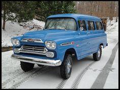 1959 Chevrolet NAPCO Suburban 283 V8/4-Speed/4x4