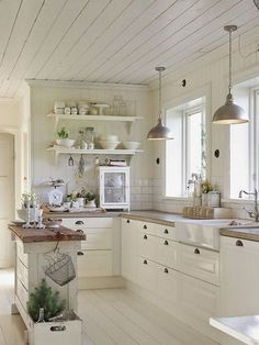 Home Remodel Steps 35 Stunning French Country Kitchen Decor Ideas - redecoration. - Home Remodel Steps 35 Stunning French Country Kitchen Decor Ideas – redecorationroom.Home Remodel - # Country Kitchen Designs, French Country Kitchens, Modern Farmhouse Kitchens, Farmhouse Kitchen Decor, Farmhouse Small, Vintage Farmhouse, Diy Kitchen, Awesome Kitchen, Farmhouse Ideas