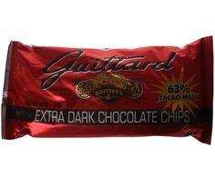 Guittard chocolate chips in extra dark or semi-sweet are dairy and soy free! Love making cookies with them.