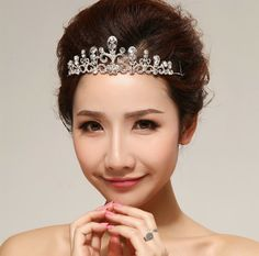 Romantic Sweet Carved Hollow-out Design Crystal Wedding/Party Headbands/Head Piece