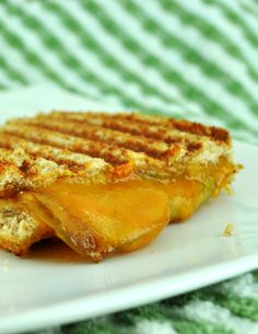 Grilled Cheese & Caramelized Apples Sandwich   BS' In The Kitchen