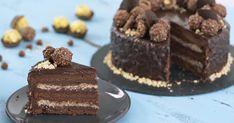 Recept na famóznu Ferrero Rocher tortu, ktorej zaručene neodoláte! Chocolate Hazelnut Cake, Chocolate Brownies, Chocolate Chips, Ferrero Rocher, Homemade Brownies, Unsweetened Cocoa, Tiramisu, Goodies, Yummy Food
