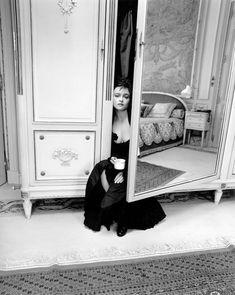 Helena Bonham Carter, photographed by Kate Barry - Portraits | Gallois Montbrun & Fabiani