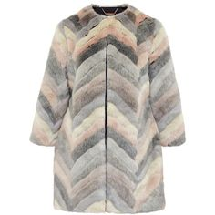Ted Baker Reniaa Chevron faux fur coat (4.607.720 IDR) ❤ liked on Polyvore featuring outerwear, coats, cream, women, cream coat, faux fur coat, cream faux fur coat, ted baker and leather-sleeve coats