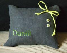 Именная подушка с вышивкой размер 22 на 25 см 500 р http://forjoy.ru/product/imennaja-podushka-s-vyshivkoj-daniil/