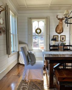 Wall Colors, Paint Colors, Dining Room, Dining Table, Farmhouse Style, Building A House, Entryway Tables, Furniture, Wall Ideas