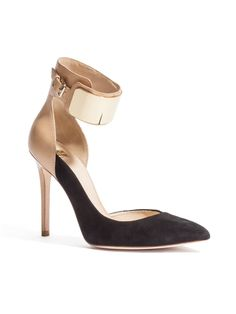 GUESS by Marciano Arlene Pump