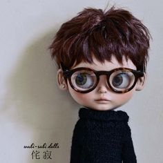 My name is Asher! Do you like this haircut? Ooak Dolls, Blythe Dolls, Art Dolls, Pretty Dolls, Beautiful Dolls, Cute Cartoon Pictures, Anime Dolls, Doll Repaint, Little Doll