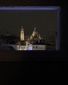 WINDOW🌒 • • • • • • • #parismonamour #paris #parisjetaime #montmartre #sacrecoeur #window #parisbynight #nofilter #picoftheday Paris By Night, Flat Screen, Window, Inspiration, Sacred Heart, Blood Plasma, Biblical Inspiration, Windows, Flatscreen
