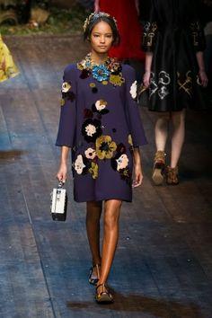 Dolce & Gabbana @ Milan Fashion Week winter 2014-15 - video