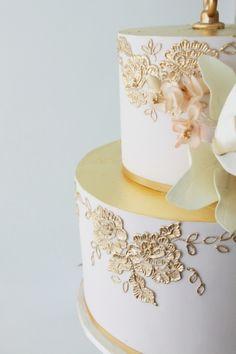 Wedding Cake Trends 2015 Part 1 Beautiful Wedding Cakes, Gorgeous Cakes, Pretty Cakes, Cupcakes, Cupcake Cakes, Brush Embroidery Cake, Metallic Cake, Cake Design Inspiration, Foundant