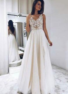 Eightree Wedding Dresses 2020 vestido de noiva Sleeveless Lace Appliques Bride Dress V Neck Simple Wedding Gown Backless, Cheap Evening Dresses, Modest Dresses, Cheap Dresses, Sexy Dresses, Prom Dresses, Formal Dresses, Long Dresses, Elegant Dresses, Dream Wedding Dresses
