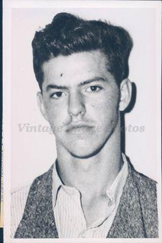 1945 Photo WW2 Era Murder Suspect Milo Wyatt Hitch Hike Crime Slaying IA Rare